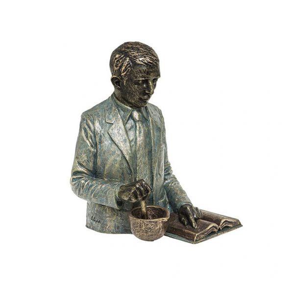 escultura farmaceutico quimico ingenieria quimica joyería juan luis larráyoz pamplona