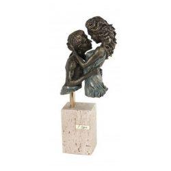 Escultura impulso pareja regalo boda pareja de novios recién casados aniversario aniversario pareja joyería juan luis larráyoz pamplona